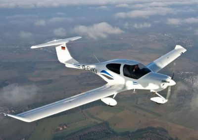DIAMON AIRCRAFT DR40 - flyingboehl.de